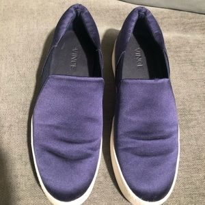 Vince Sneakers in Blue Satin